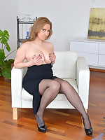 Anilos.com - Freshest mature women on the net featuring Anilos Daria Glower breast mature