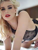 Jess Davies British Glamour Model - Jess Davies Nude Photos