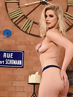 British Model Jess Davies - Jessica Davies Nude Photo Gallery