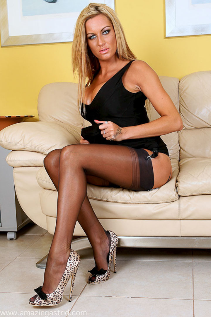 Sexy milfs in high heels